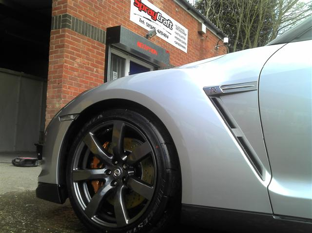 nissan gtr alloy wheel  powder coated